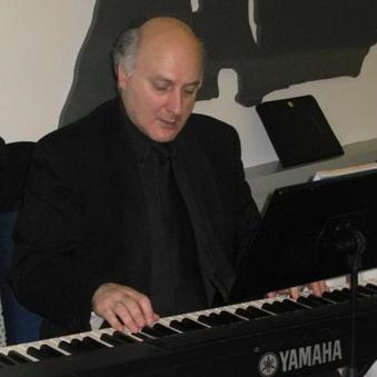 http://www.musicavivaacademy.it/ma/wp-content/uploads/2014/09/Bruno-Lavizzari-e1411810345617.jpg